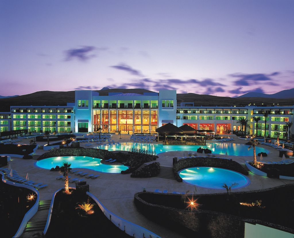 Hotel hesperia lanzarote puerto calero lanzarote - Hotel costa calero puerto calero lanzarote espana ...